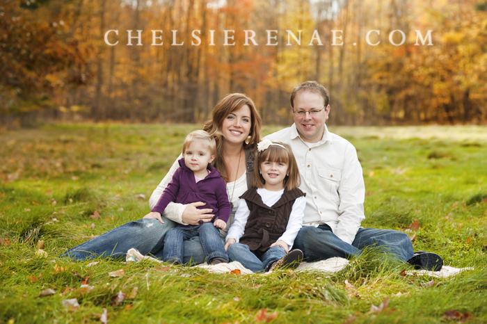 Such a perfect fall day for pictures of this beautiful family. Look at all those colors!
