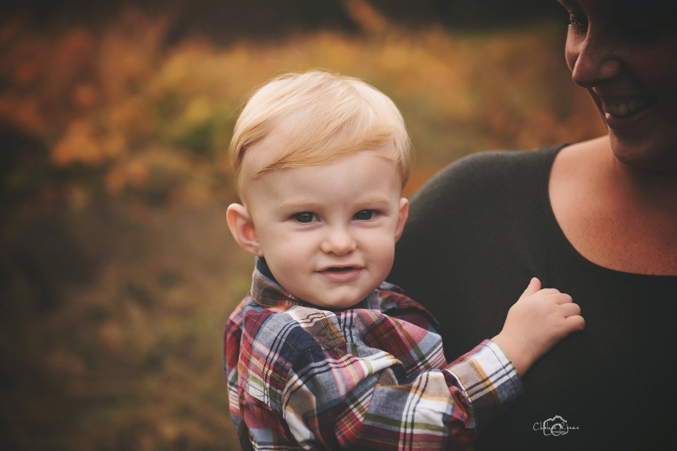 Little blonde boy fall session