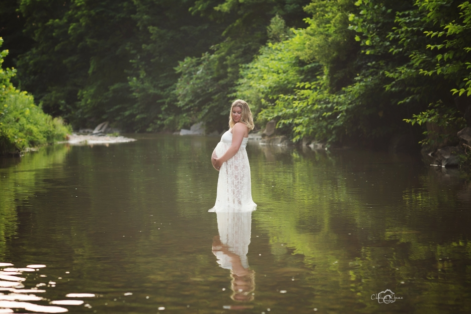Beautiful Maternity Session in the Creek with cream maternity gown